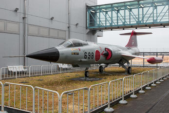 76-8698 - Japan - Air Self Defence Force Mitsubishi F-104J Starfighter
