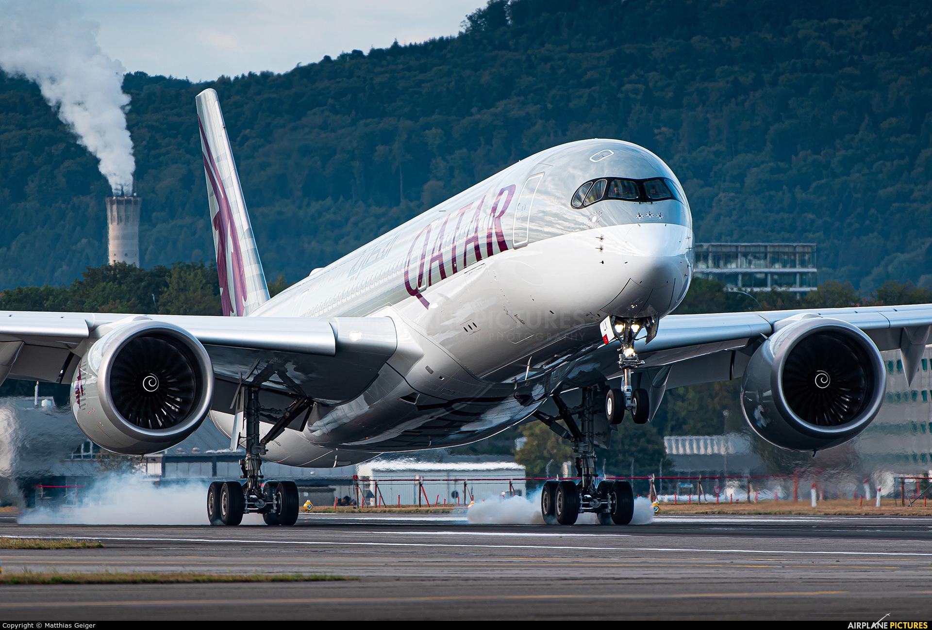 Qatar Airways A7-ALX aircraft at Zurich
