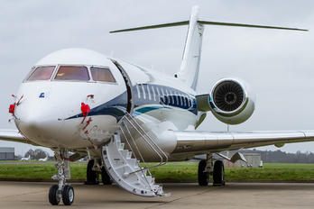 - - Private Bombardier BD-700 Global 6000