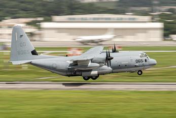 168065 - USA - Marine Corps Lockheed KC-130J Hercules
