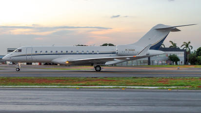 M-HAWK - Private Bombardier BD-700 Global 6000