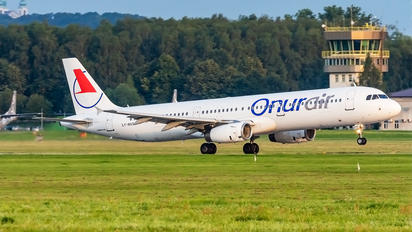 LY-NVQ - Onur Air Airbus A321