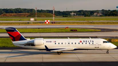 N981EV - Delta Connection Bombardier CRJ-200ER