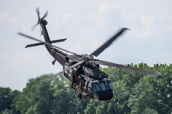 1304 - Poland - Air Force Sikorsky S-70I Blackhawk