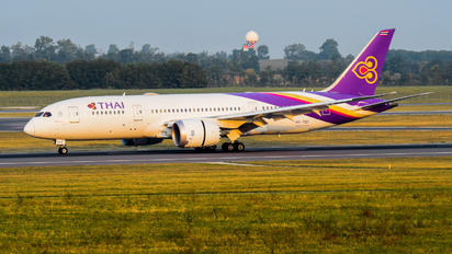 HS-TQC - Thai Airways Boeing 787-8 Dreamliner