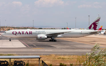 A7-BEP - Qatar Airways Boeing 777-300ER