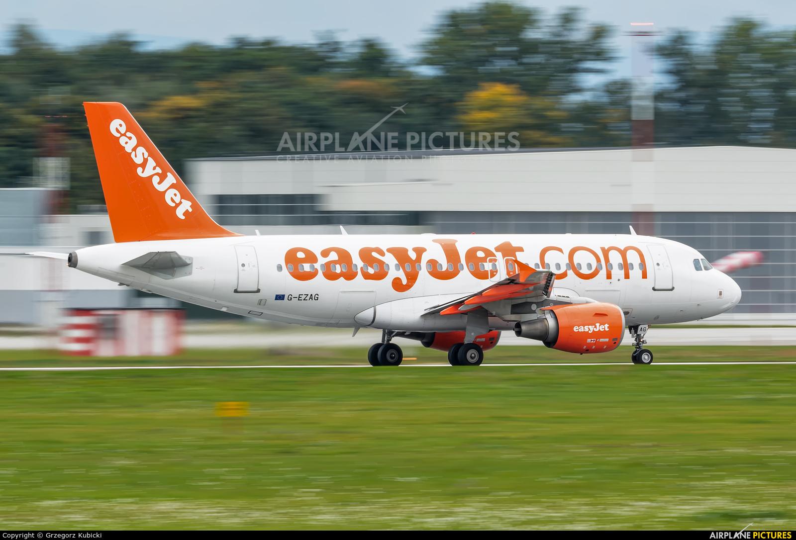 easyJet G-EZAG aircraft at Kraków - John Paul II Intl