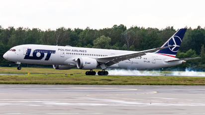 SP-LSG - LOT - Polish Airlines Boeing 787-9 Dreamliner