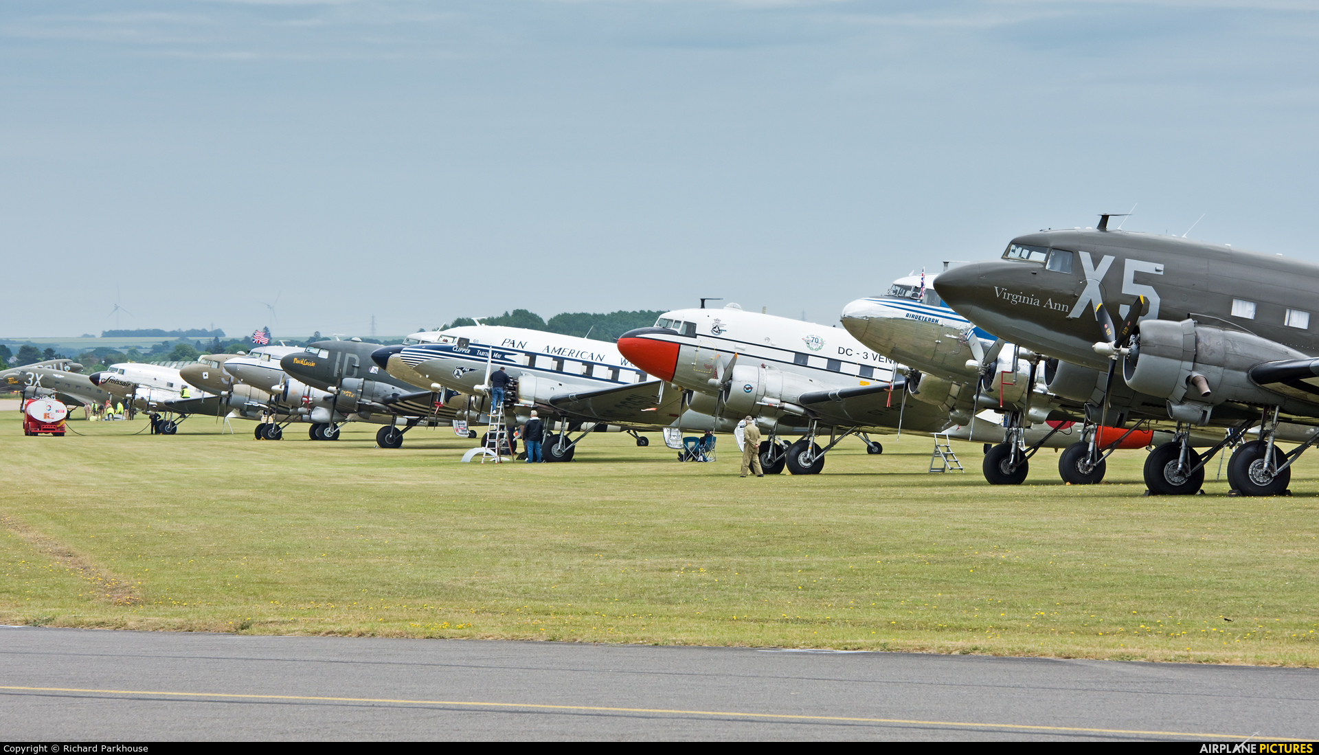 - Airport Overview - aircraft at Duxford