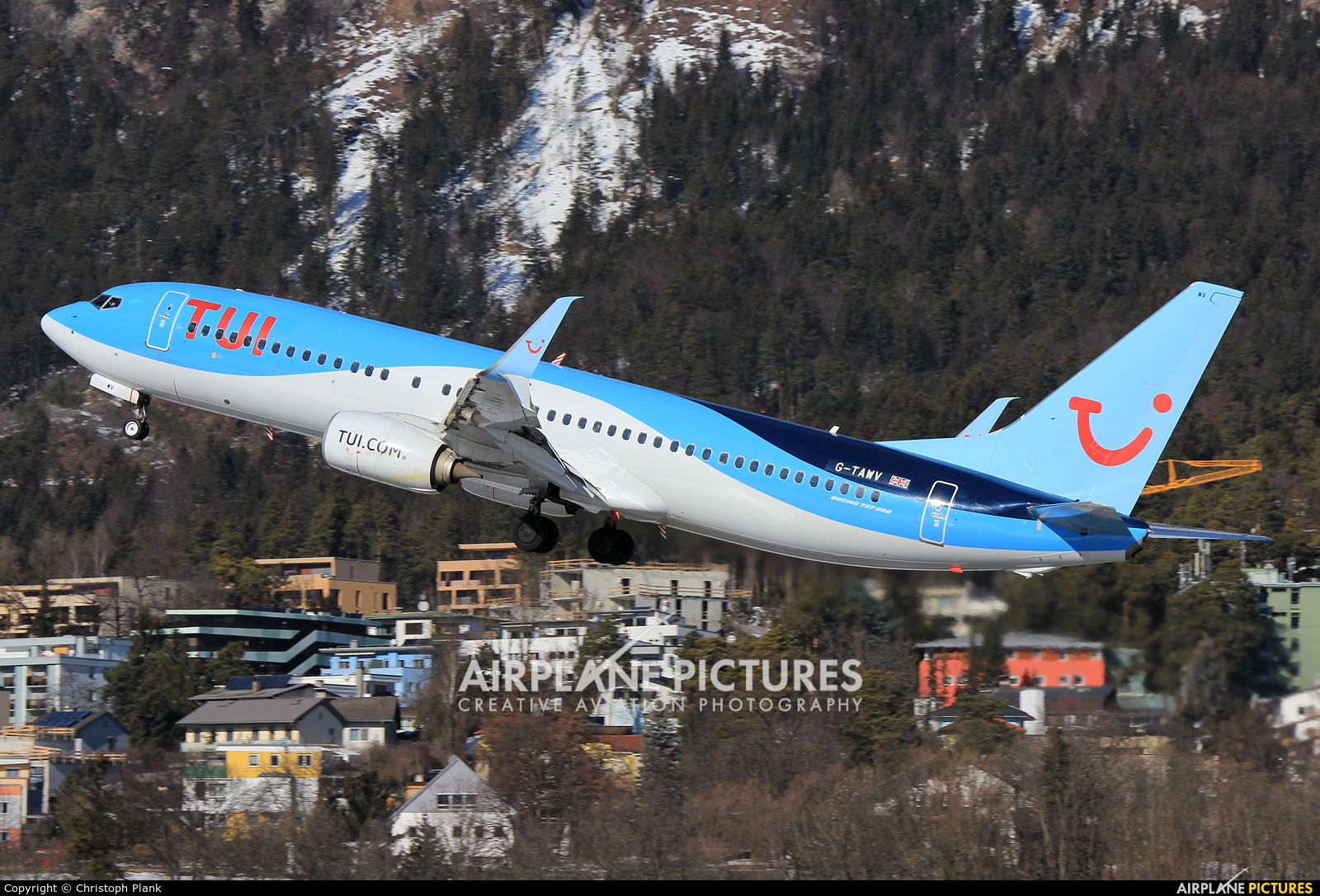 TUI Airways G-TAWV aircraft at Innsbruck
