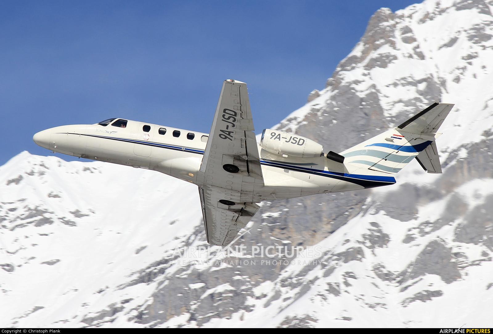 Jung Sky 9A-JSD aircraft at Innsbruck