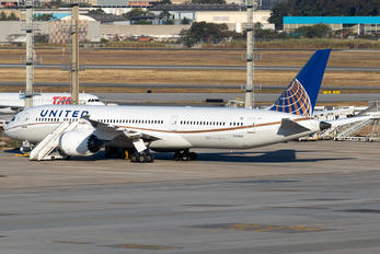 N15969 - United Airlines Boeing 787-9 Dreamliner