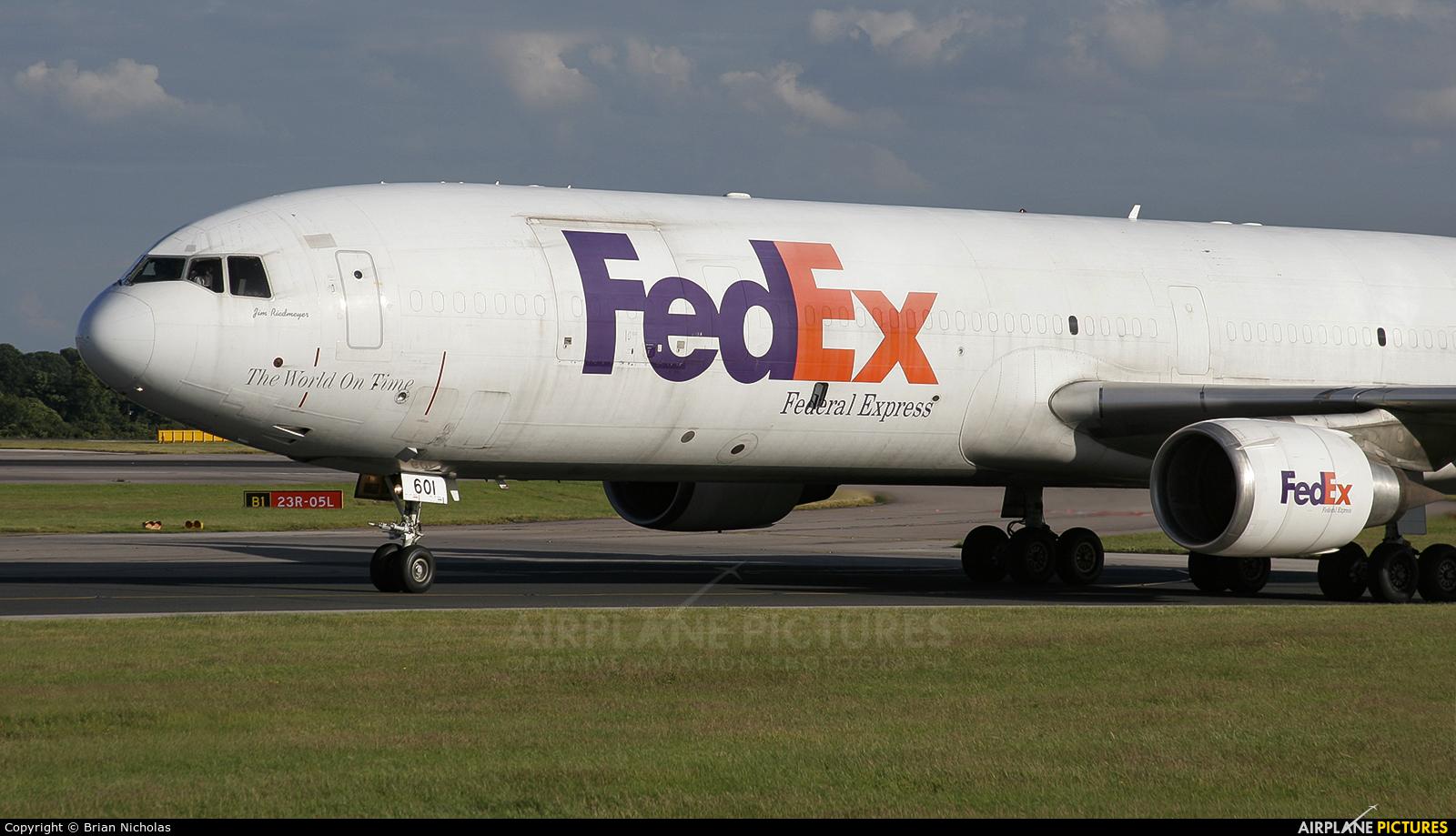 FedEx Federal Express N601FE aircraft at Manchester