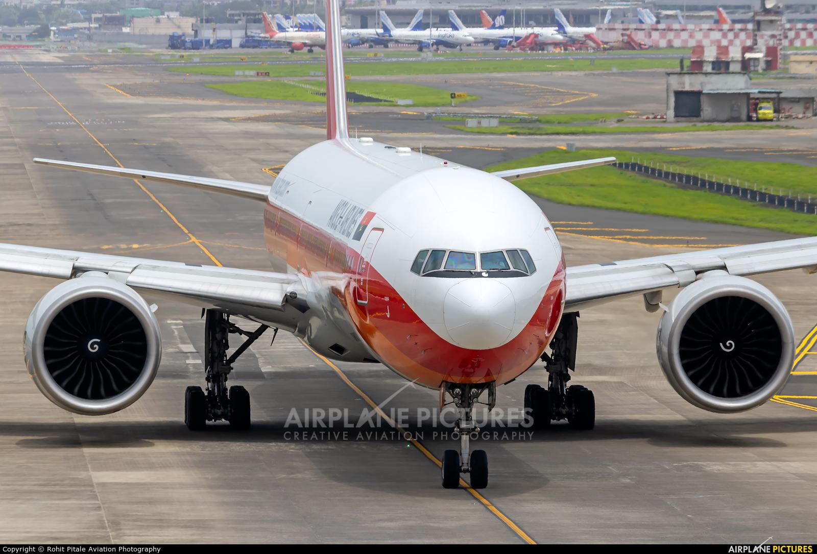 TAAG - Angola Airlines D2-TEJ aircraft at Mumbai - Chhatrapati Shivaji Intl