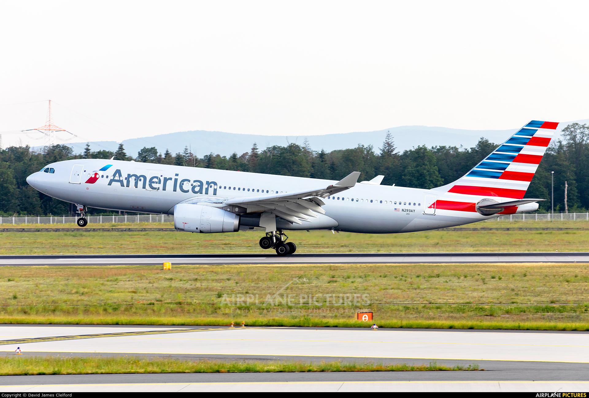 American Airlines N293AY aircraft at Frankfurt