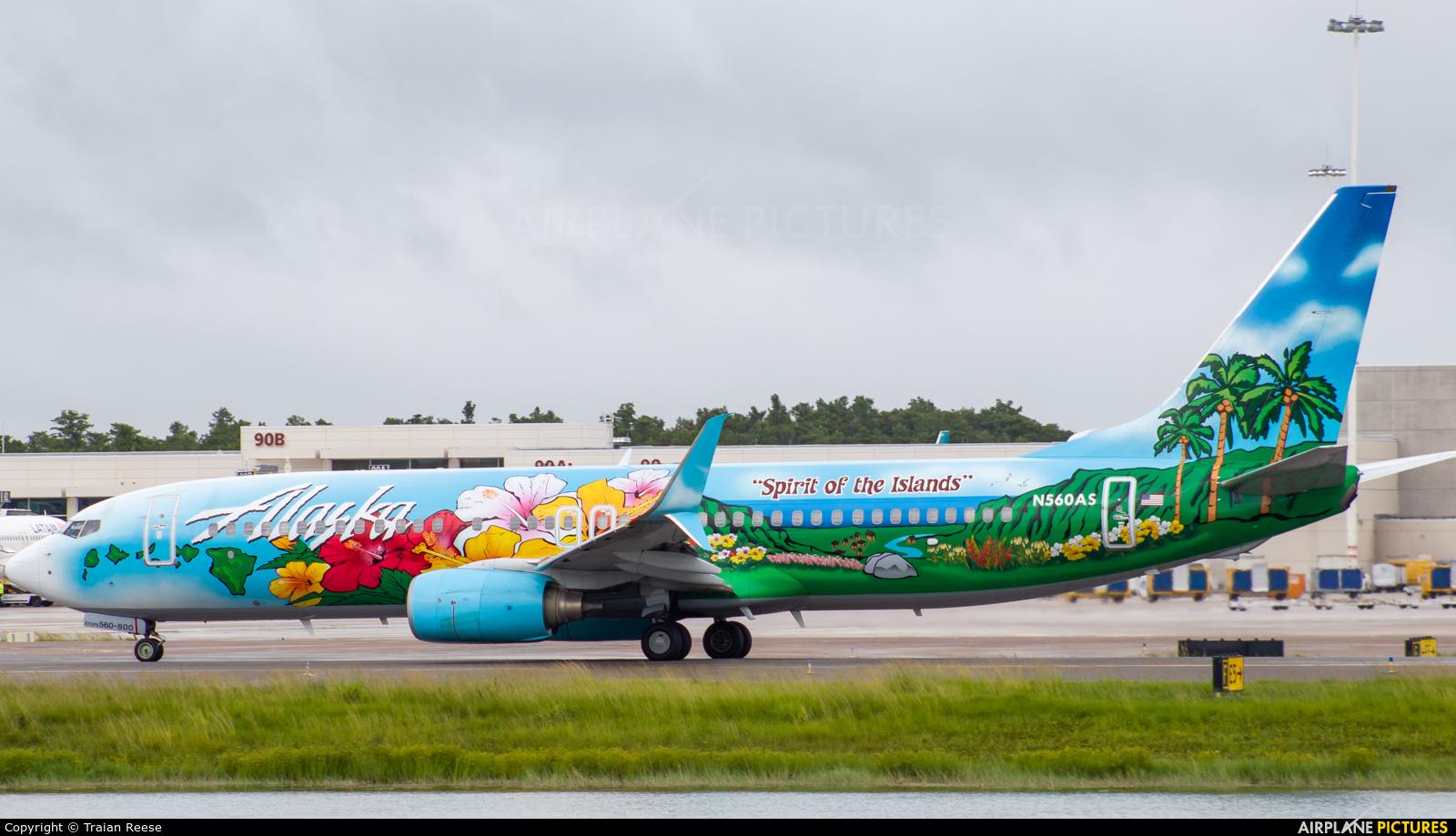 Alaska Airlines N560AS aircraft at Orlando Intl