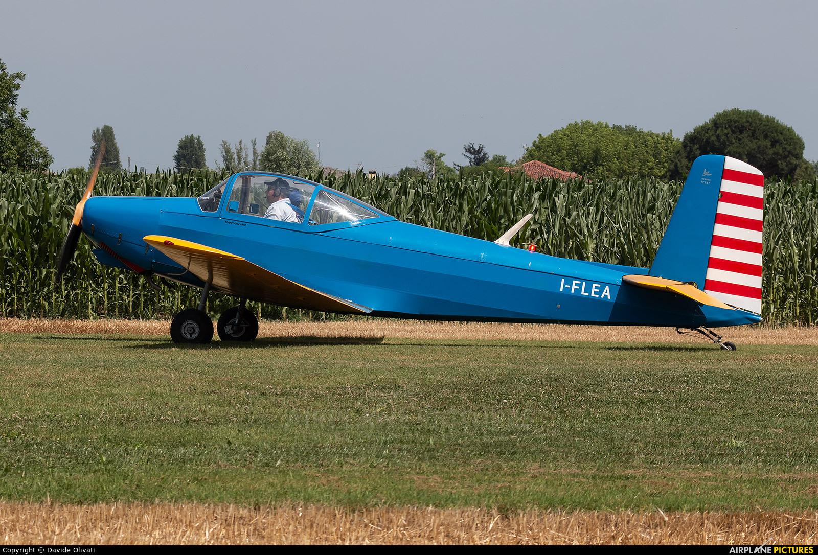Private I-FLEA aircraft at Bagnoli di Sopra
