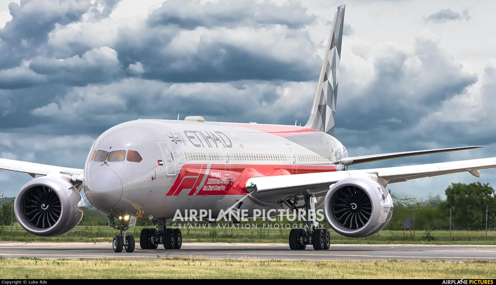 Etihad Airways A6-BLV aircraft at Bucharest - Henri Coandă