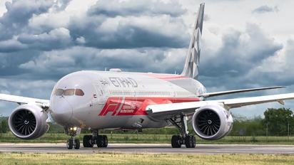 A6-BLV - Etihad Airways Boeing 787-9 Dreamliner