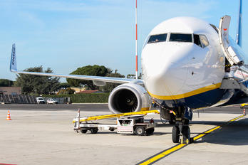 9H-QCH - Malta Air Boeing 737-8AL(WL)