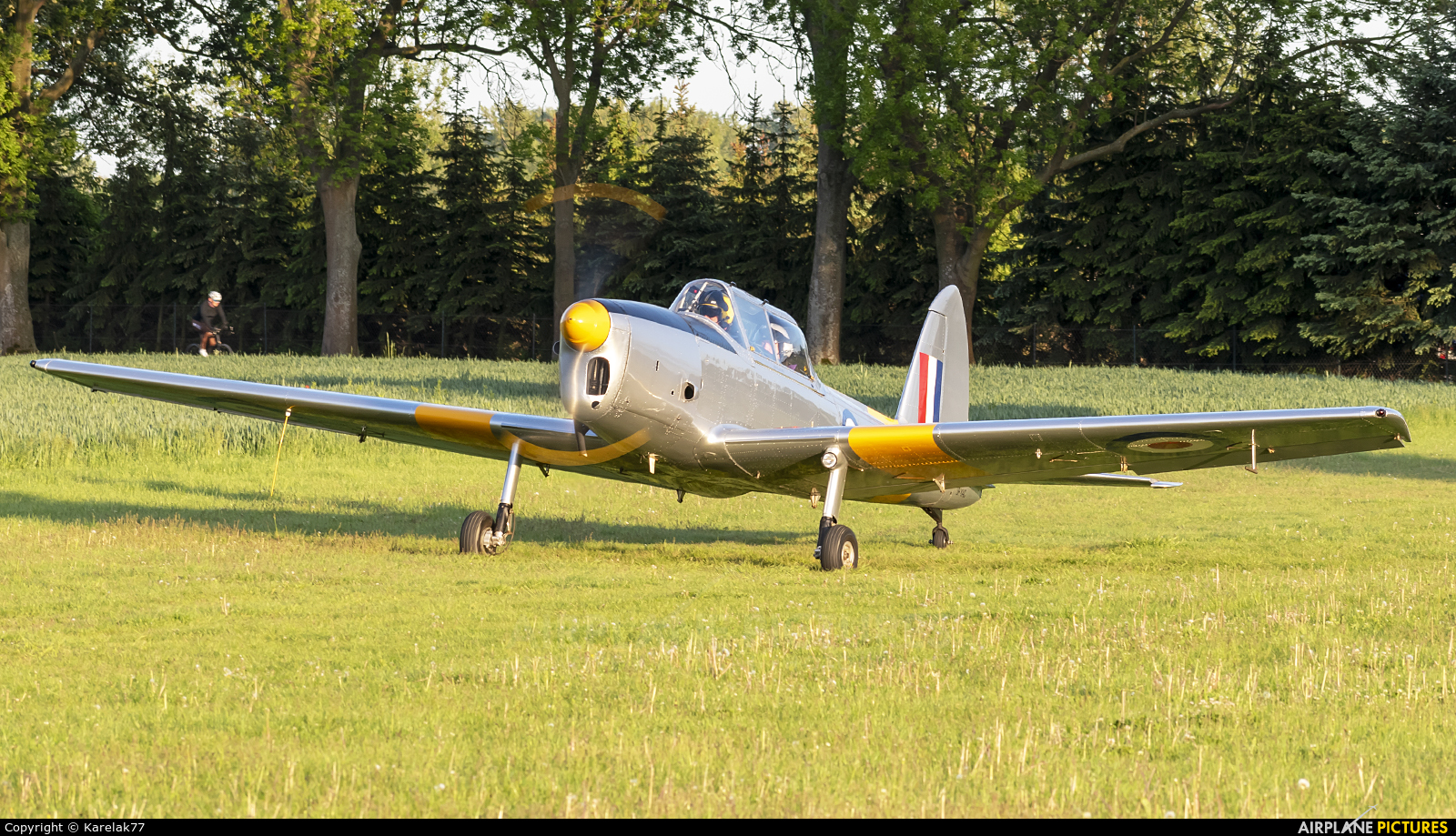 Private WD322 aircraft at Konstancin-Jeziorna