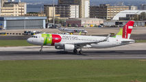 CS-TMW - TAP Portugal Airbus A320 aircraft