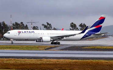 LV-ZVY - LATAM Boeing 767-300ER