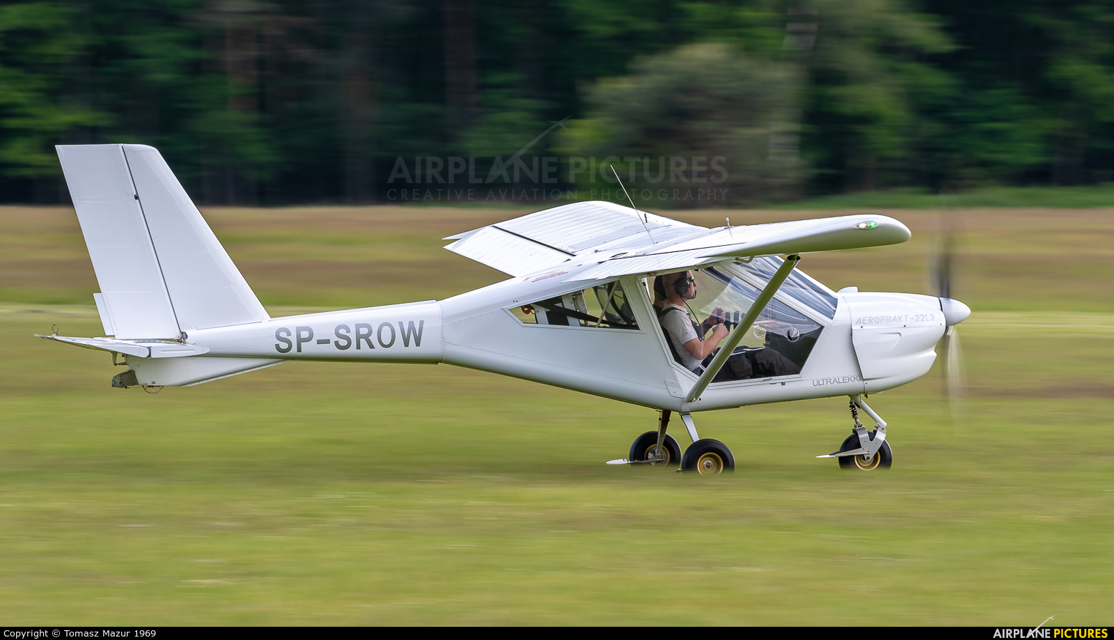 Private SP-SROW aircraft at Rybnik - Gotartowice