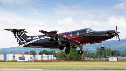 OM-AAK - Private Pilatus PC-12