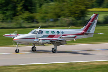 OE-FOX - Private Cessna 340