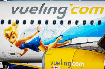 EC-MLE - Vueling Airlines Airbus A320