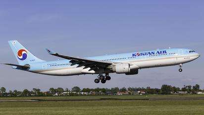 HL8027 - Korean Air Airbus A330-300