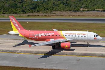VN-A689 - VietJet Air Airbus A320