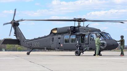 1302 - Poland - Air Force Sikorsky S-70I Blackhawk