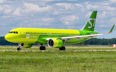 VQ-BDQ - S7 Airlines Airbus A320 NEO