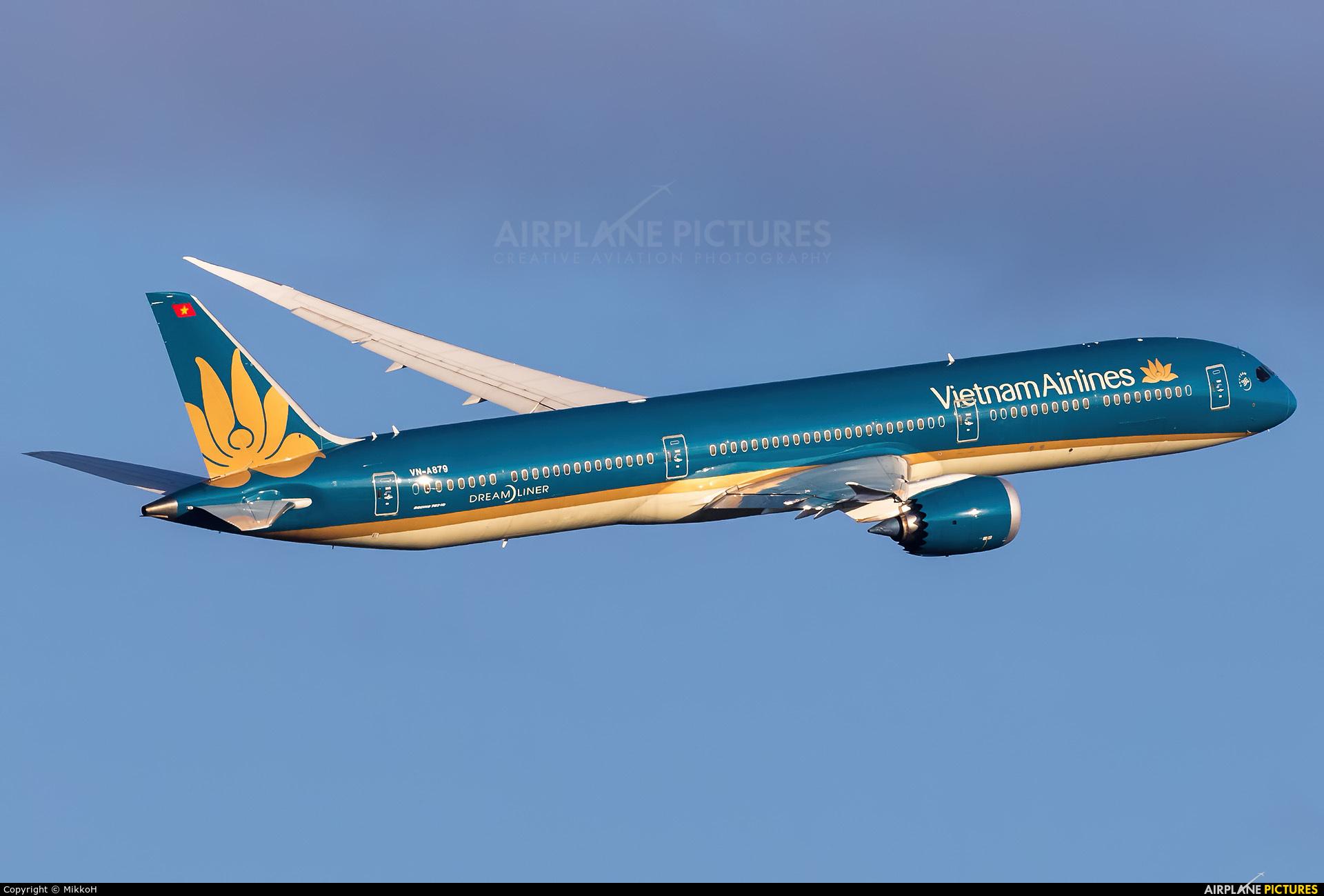 Vietnam Airlines VN-A879 aircraft at Helsinki - Vantaa