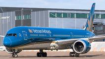 VN-A879 - Vietnam Airlines Boeing 787-10 Dreamliner aircraft