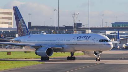 N14115 - United Airlines Boeing 757-200