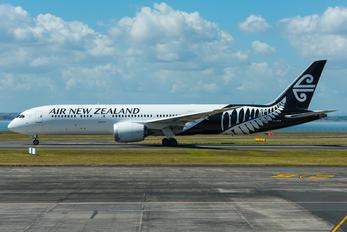 ZK-NZM - Air New Zealand Boeing 787-9 Dreamliner