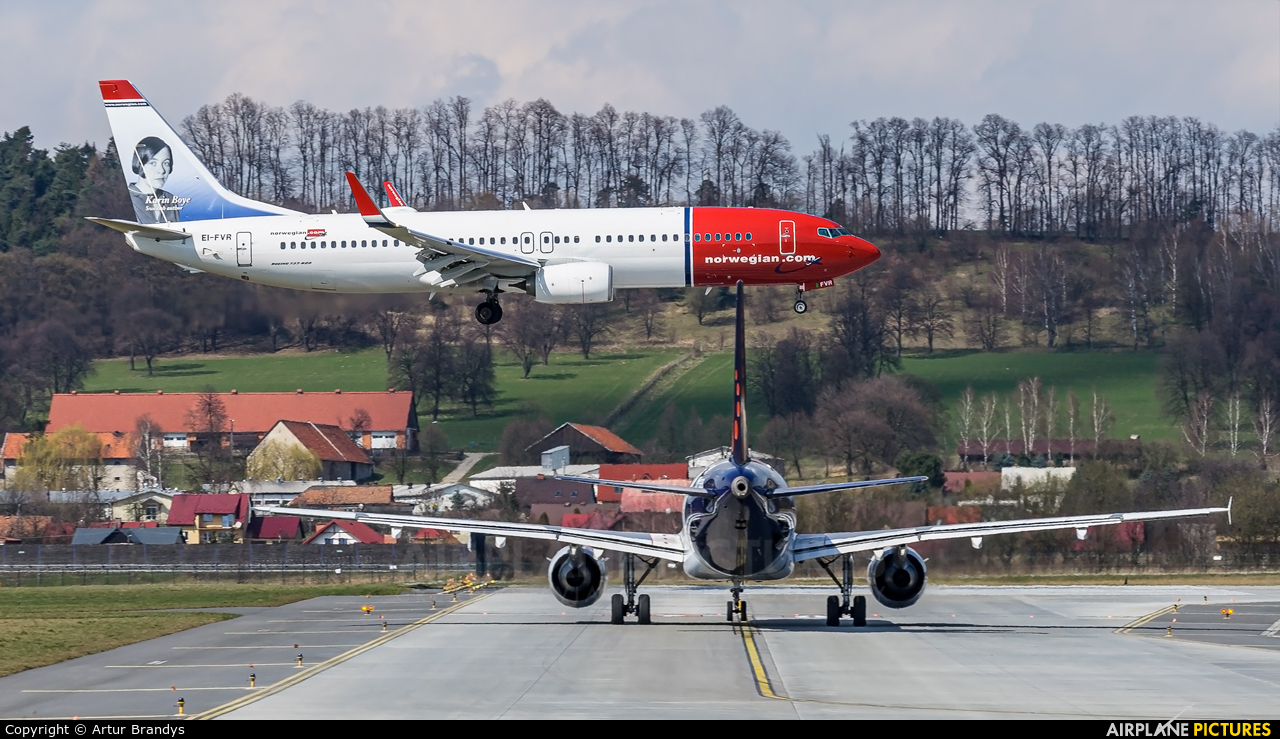 Norwegian Air Shuttle EI-FVR aircraft at Kraków - John Paul II Intl
