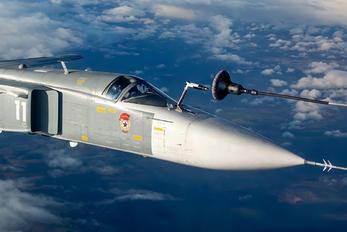 RF-33843 - Russia - Navy Sukhoi Su-24M