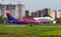 HA-LYX - Wizz Air Airbus A320 aircraft