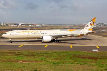 A6-ETH - Etihad Airways Boeing 777-300ER
