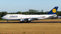 Lufthansa B744 came to Enschede for retirement title=
