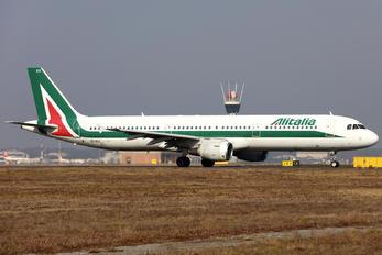 EI-IXV - Alitalia Airbus A321