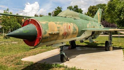 41 - Hungary - Air Force Mikoyan-Gurevich MiG-21bis