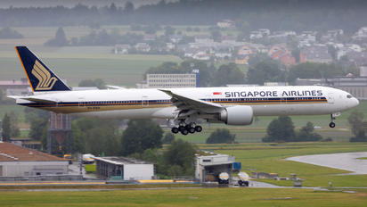 9V-SWH - Singapore Airlines Boeing 777-300ER