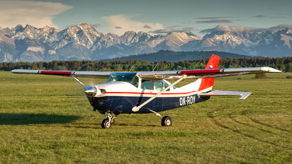 OK-ROY - Private Cessna 206 Stationair (all models)