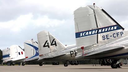 SE-CFP - SAS - Flygande Veteraner Douglas DC-3