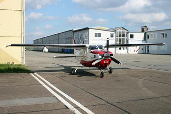 D-EPLE - Private Cessna 210 Centurion
